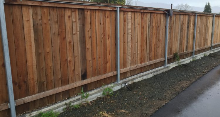 Wire Wood Fence | Wood Wire Vinyl Coggins Fence